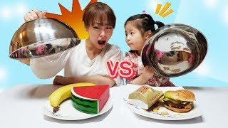 진짜음식 VS 스퀴시 음식~~ 서은이와 엄마의 진짜 음식 맞추기 첼린지 수박 햄버거 Real Food VS Squish Food