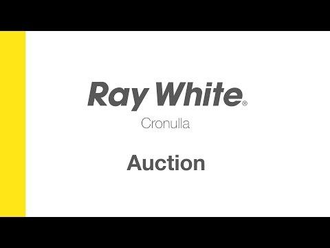Ray White Cronulla Auction