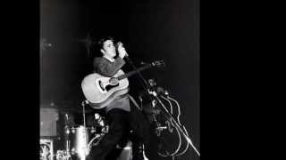 Elvis Presaley ~ I Forgot To Remember To Forget (Live 1955)HQ