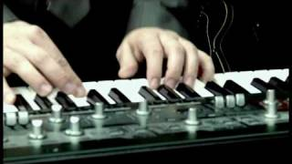 Plushgun - Dancing In A Minefield (Official Video) Zweiohrküken