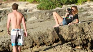 Download Miley Cyrus & boyfriend Liam Hemsworth in Hawaii ( December 29, 2011) MP3 song and Music Video