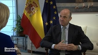 Spanish Turnaround Boosted by Oil Price Drop: De Guindos