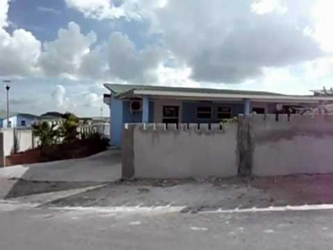 For rent: Curacao Brakkeput Economy Realty makelaar.AVI