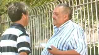 Tío Emilio encara a taxista   En su propia trampa   Temporada 2012