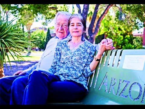 Noam Chomsky And His Wife Valeria Wasserman