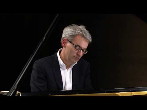 Pianist Markus Becker plays and talks Mp3
