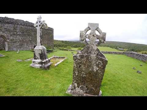 Lost Places - Ruine der mittelalterlichen Carran Church - Irland