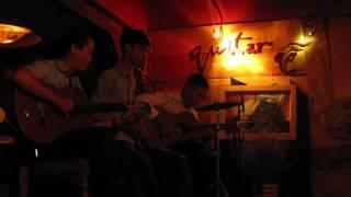 Chuyện tình buồn - Cafe Guitar Gỗ