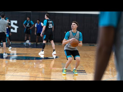 Terry Rozier on LaMelo Ball: 'I've never seen a rookie as happy as him'
