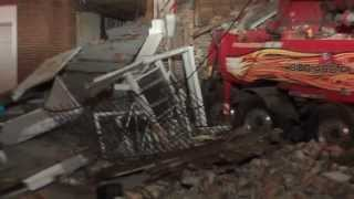 Close Up 14 Wheeler Slams Into Occupied Home W/ Collapse And Fireground Audio