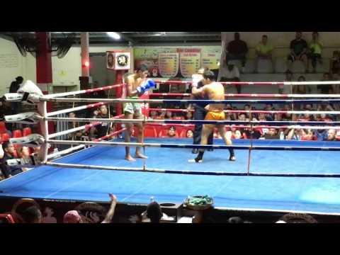 KNOCKOUT!! Bangron Sumalee vs Adrian Sutai Muay Thai: Patong Boxing Stadium, 22nd May 2017