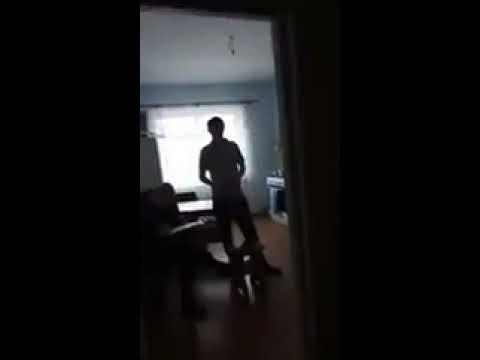 мужик установил скрытую камеру и поймал жену с любовником - 11