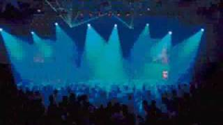 CHEMICAL BROTHERS = Electronic Battle Weapon 7 (live) (AUDIO only)