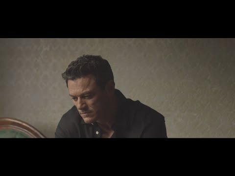 Luke Evans – The First Time Ever I Saw Your Face