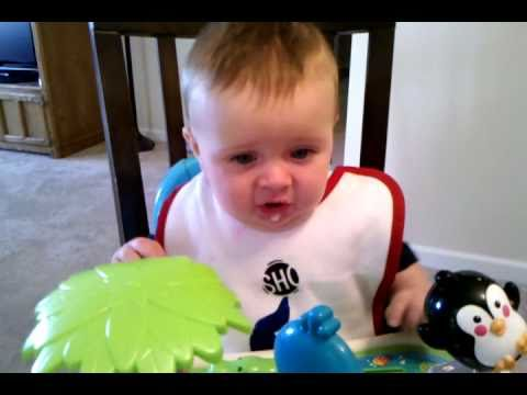 how to give baby rice cereal first time