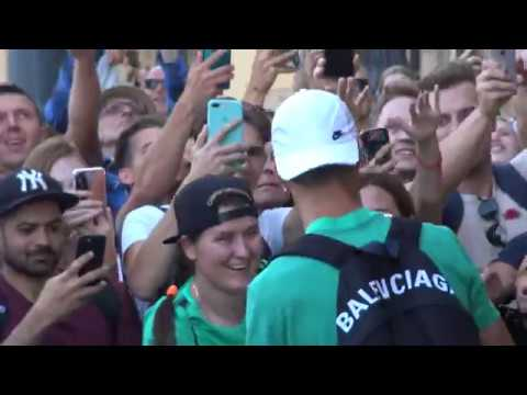 Crazy atmoshpere as Cristiano Ronaldo gets out of hotel in Vilnius