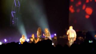 Backstreet Boys - Bigger & Set Adrift On Memory Bliss (True) @ Syd Ent Centre 6 March 2010 HD