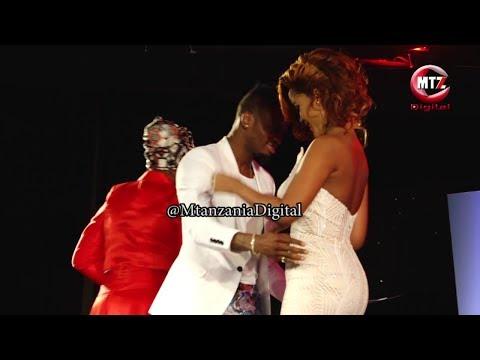 Diamond Platnumz, Hamisa Mobetto washindwa kuzuia hisia zao jukwaani tuzo za #SZIFF thumbnail