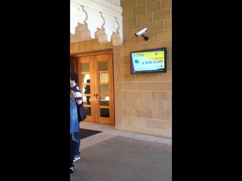 Digital Signage in Education - American University of Beirut