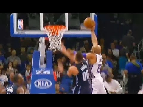 Vince Carter DUNKS on Aaron Gordon at 40 Years Old! Kings vs Magic January 23, 2018