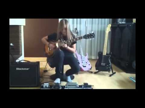 TINA S. Best female guitarist shreds to  Sweet Child O Mine Solo [HD] 2015