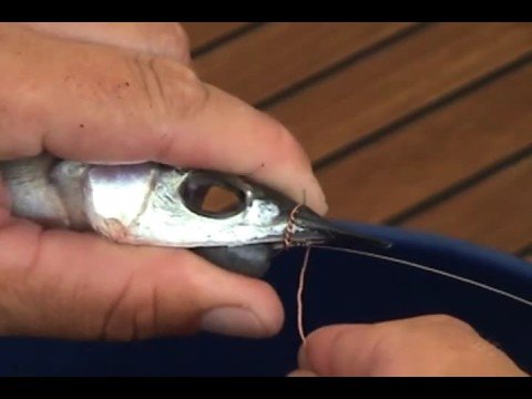 Fishing Info: How To Rig Chin Weighted Ballyhoo