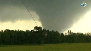 massive tornado caught on tape   april 27 2011