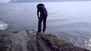 Repeat youtube video 石鯛釣り 攻めの釣り・宮崎