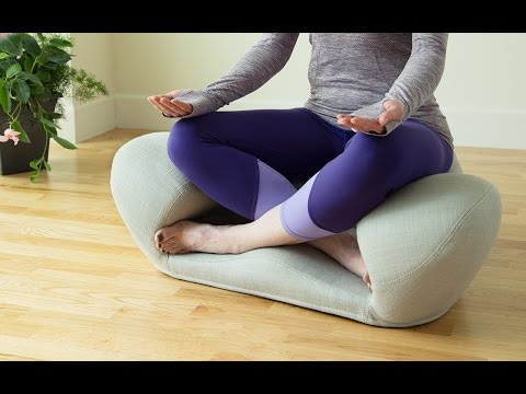 ergonomic meditation cushion by alexia