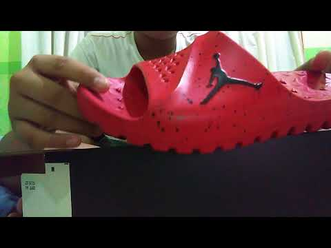 d2ef1e70a534a Jordan super fly team slide university red - YouTube