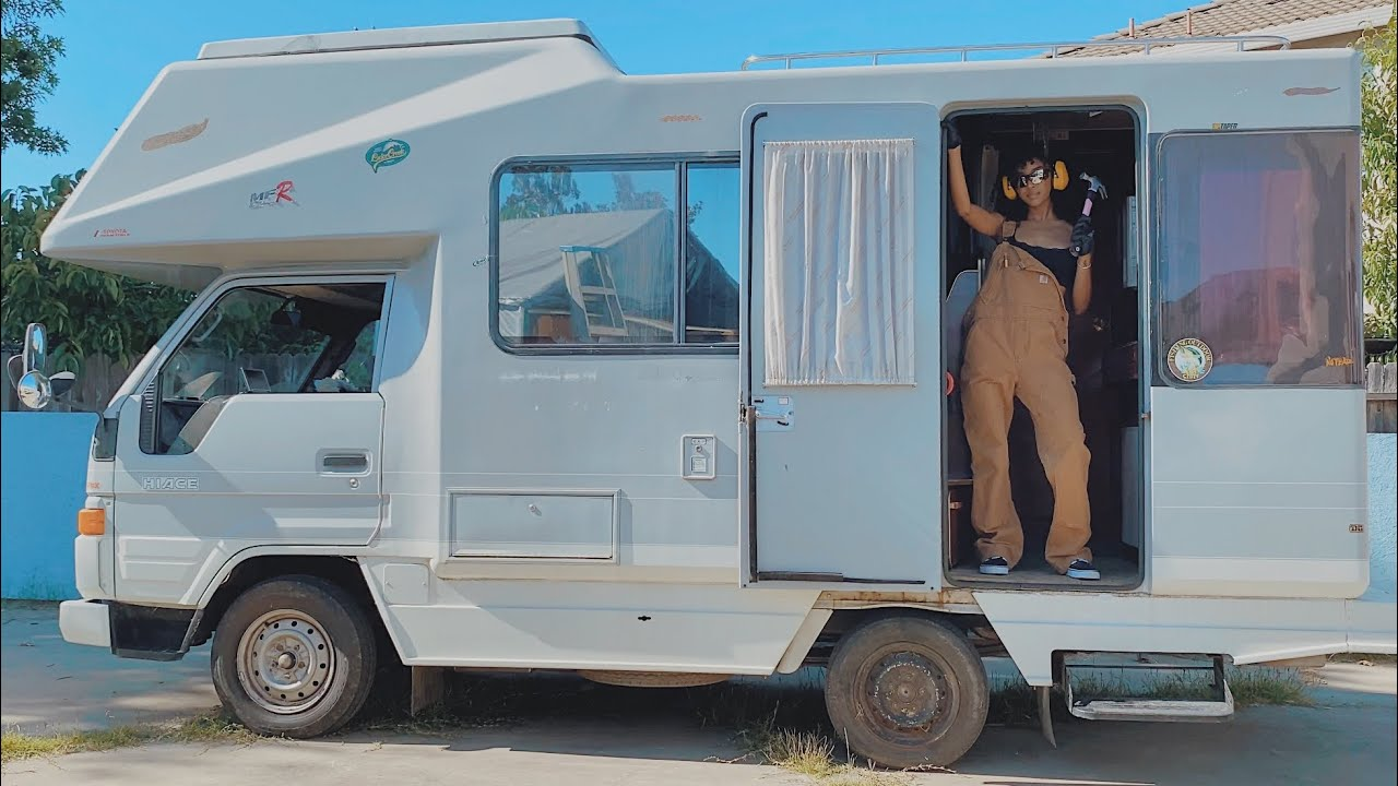 JENNELLE'S RV BUILD: and so it begins...