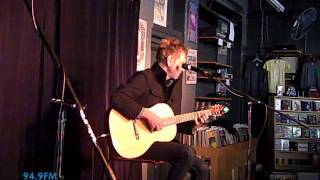 David Poe - When I Fly (acoustic KRVB Record Exchange)