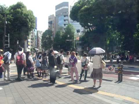 GEDC3340 2015.05.21 nikkei shibunn at ikebukuro sanshain street  lotteria with bunka housou radio.