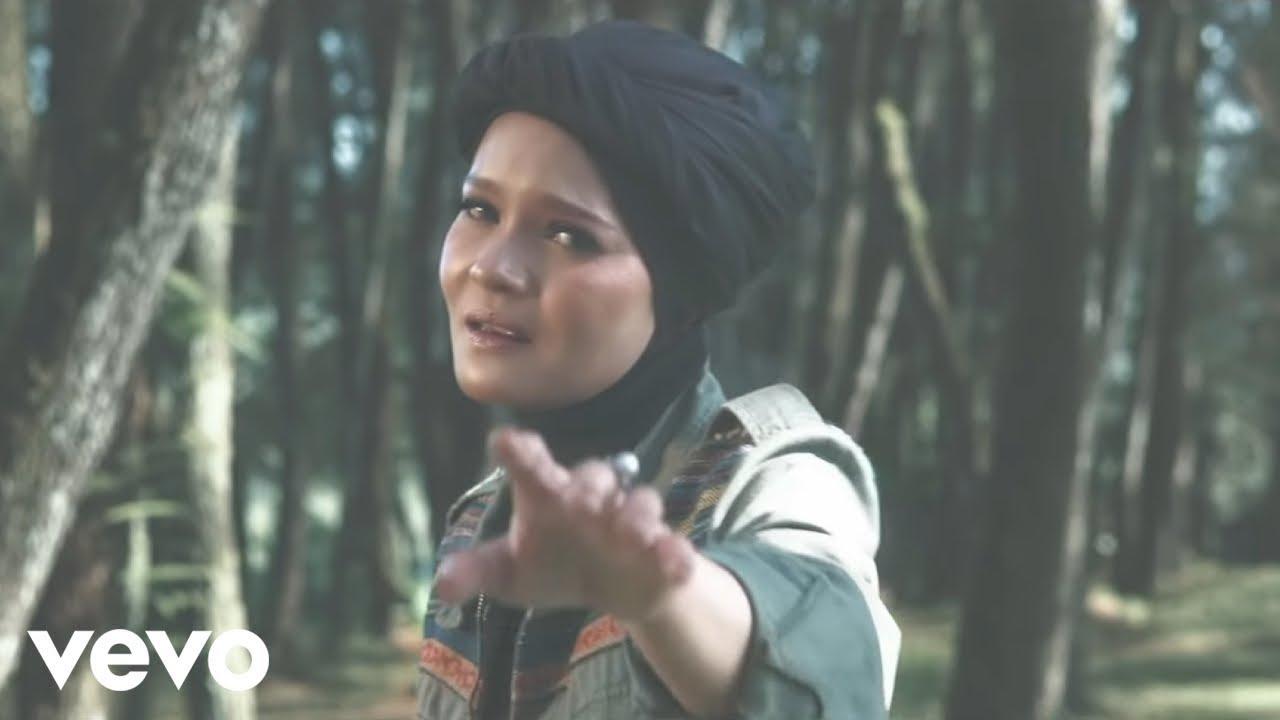 Download Terry - Di Persimpangan Dilema (Official Music Video)