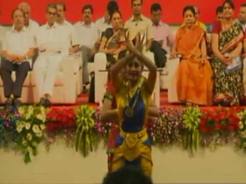 Gujarat CM attends Nari Adalat and Women Convention