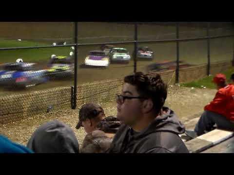 Hobby Stock Amain @ Marshalltown Speedway 09/01/17