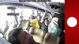 Accident de bus en Chine : images chocs filmées par une caméra de surveillance
