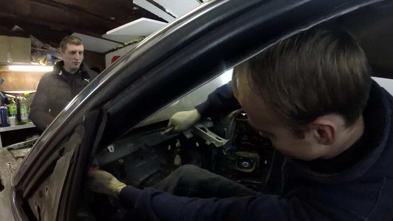 Как снять в клееное стекло своими руками? Проект Nissan Laurel C33.