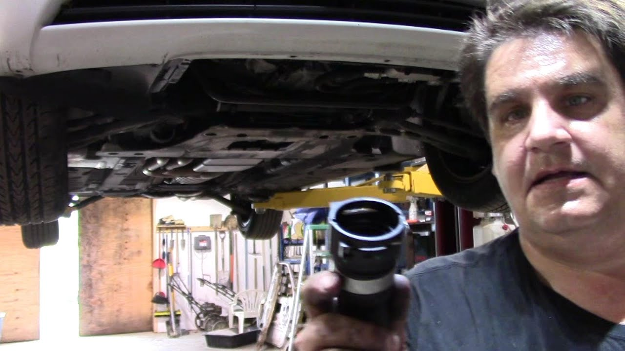 I Fuse Box Changing The Lower Radiator Hose On A 2003 Bmw 325i Youtube