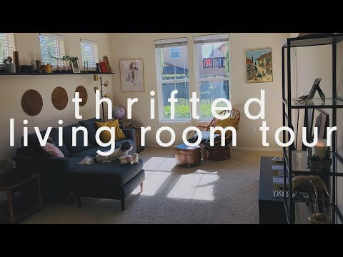 MY THRIFTED VINTAGE LIVING ROOM TOUR - ESTATE SALE AND THRIFT STORE HAUL FINDS - APARTMENT TOUR