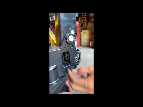 MAXITON - How To Install Handle For Pallet Truck - 2 Mins Video