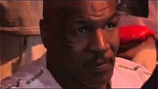 Mike Tyson owns fan in selfie fail