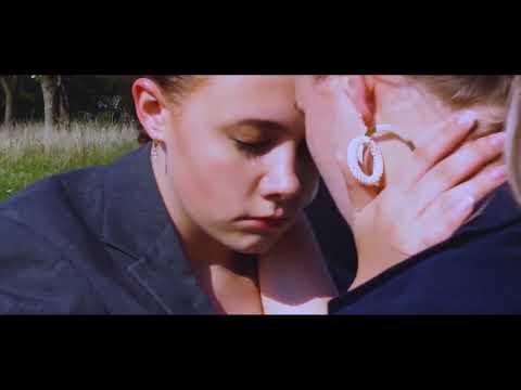 Смотреть клип Эрика Лундмоен - Смотри На Меня