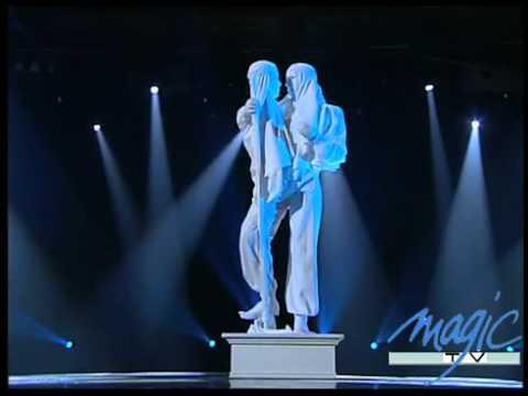 Jérôme Murat   La Statue   Le Plus Grand Cabaret Du Monde 360p