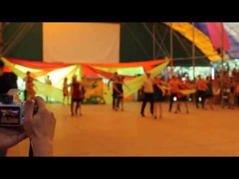 танец воспитателей в юном ленинце 2013 2 смена