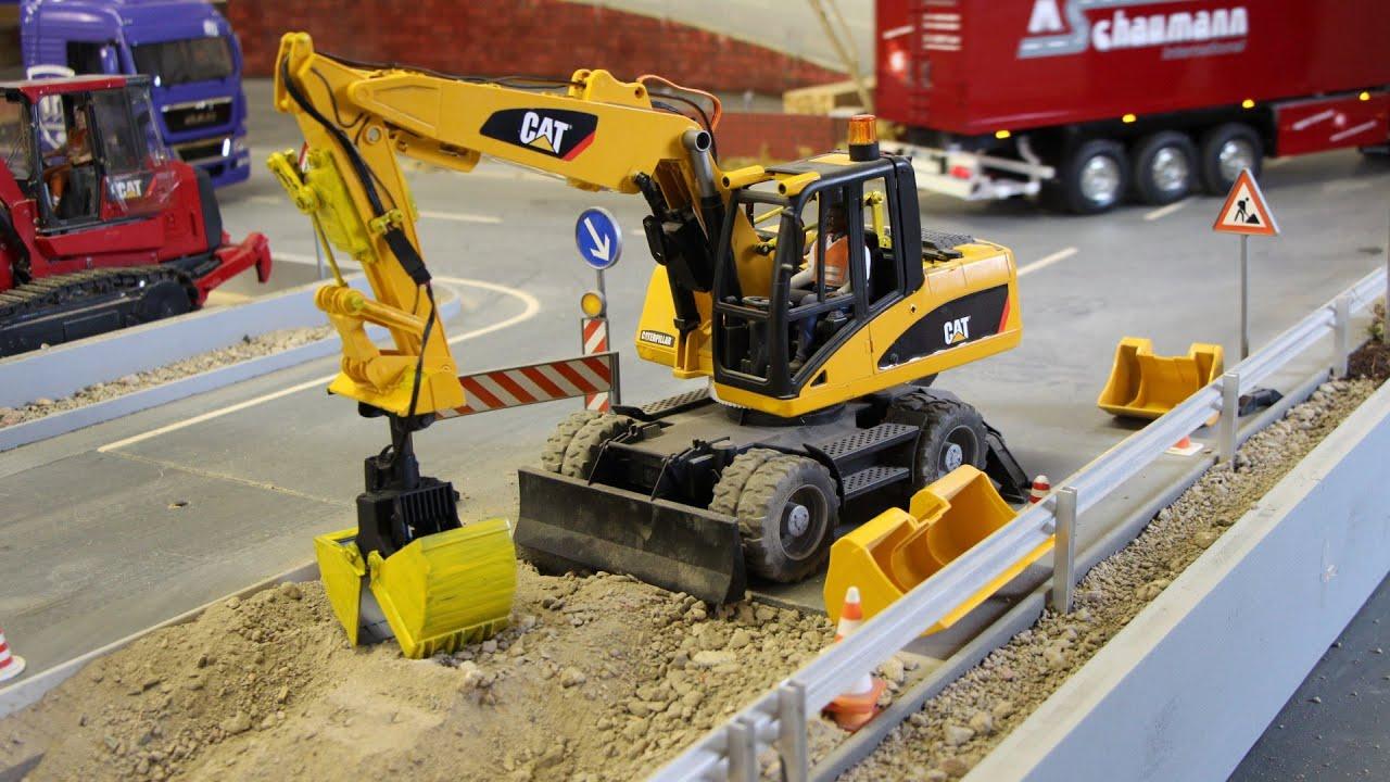 Bruder Construction Toys : Bruder toys cat mobilbagger rc excavator construct