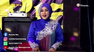 Download Nasida Ria - Ya Robbi Barik ( Live Video Performance ) Mp3