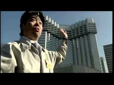Японцы разработали удивительный способ сноса зданий