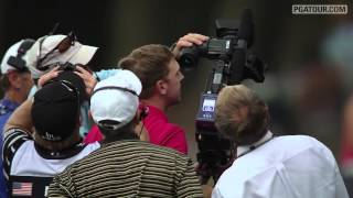 Hunter Mahan's ball lost in a tree | Round 3 of THE PLAYERS