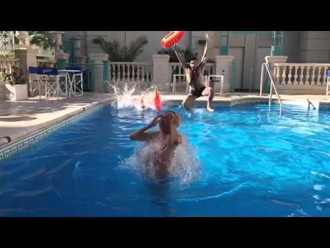 Pachano casi se ahoga en la pileta y tuvieron que salvarlo
